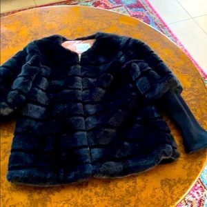 Magpie faux fur jacket with knit 🧶 sleeves age 8